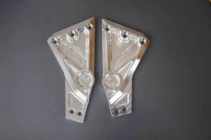 ゼファー1100 フレームサイドカバー (バフ、シルバーアルマイト)