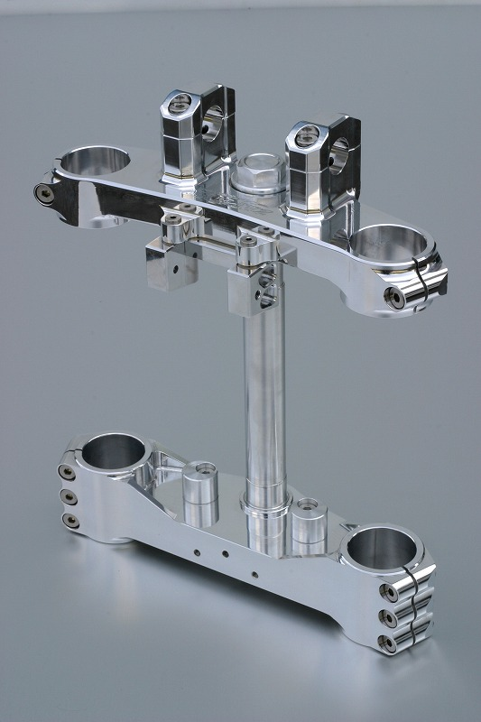 ゼファー1100用 トリプルツリー (オフセット28mm、30mm、32mmが選べます) (バフ、シルバーアルマイト、ブラックアルマイトは別途料金)