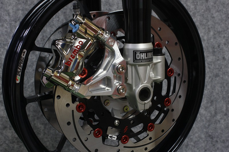 XJR1300(2000年~車輌)オーリンズ正立ラジアルマウントキャリパーサポート(Ф298・100mmピッチ)(Ф320・100mmピッチ) (シルバーアルマイト)