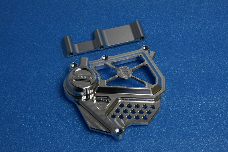 カワサキ水冷系油圧クラッチシリンダー タイプⅢ (バフ、シルバーアルマイト)