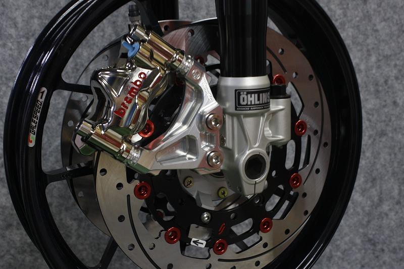 XJR1300(2000年~車輌)オーリンズ正立ラジアルマウントキャリパーサポート(Ф298・108mmピッチ)(Ф320・108mmピッチ) (シルバーアルマイト)