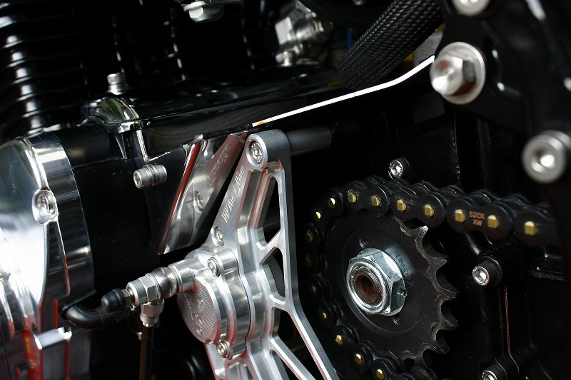 ZⅠ/ZⅡ/MK-Ⅱ油圧クラッチシリンダー(TYPE-Ⅰ)用セルモーターカバー ステンレス製  (磨き#600、黒クロメート)