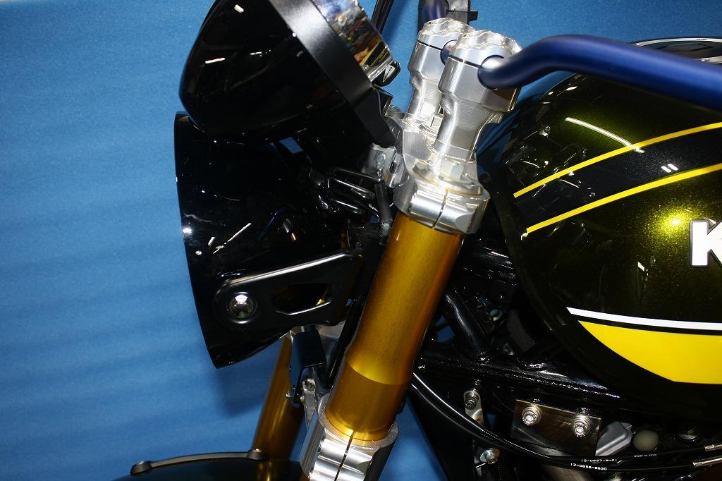 KAWASAKI Z900RS オーリンズ倒立フォーク用トリプルツリー                                ※純正ヘッドライト・メーターブラケットの加工品を使用するキットです                                                      (バフ、シルバーアルマイト、ブラックアルマイト)